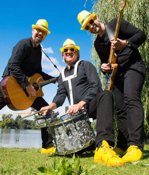 Big Feet Boys Trio